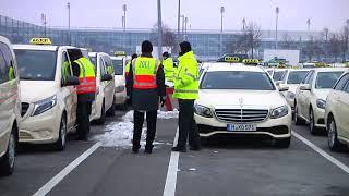 Razzia: So kontrolliert der Zoll hunderte Taxifahrer