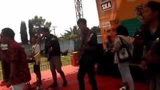 SALAM RINDU cover LUMASKAJANG in STADION TEMPEH LIVE