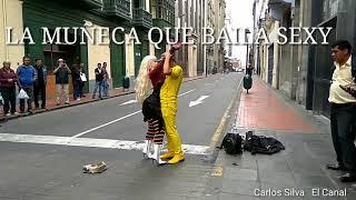 """¡ LA MUÑECA QUE BAILA SEXY ! Bailando en la calle  """"Despacito"""""""
