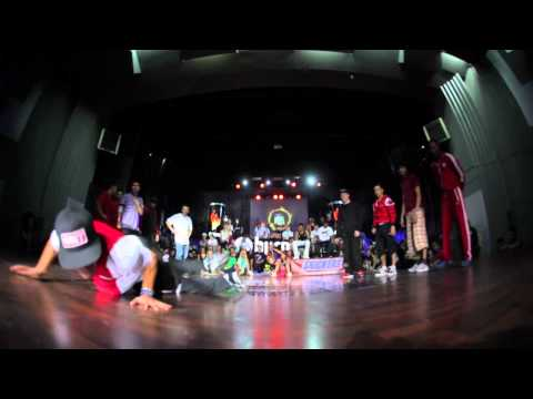 PREDATORZ (RUSSIA)  VS DEFFKIDS (FRANCE/HOLLAND) @ BURN BATTLE SCHOOL 2012