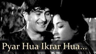 Shree 420 - Pyar Hua Ikrar Hua Hai Pyar Se - Manna Dey - Lata Mangeshkar width=