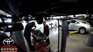 2003 Toyota Tundra -Replacing Fuel Pump Assembly (Timelapse)