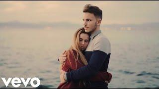 Rio Roma ft. Carlos Rivera - Todavía No Te Olvido(Video Letra) 2017 Estreno