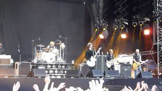 Foo Fighters - Long Road To Ruin (Live in Helsinki, June 26th, 2011)