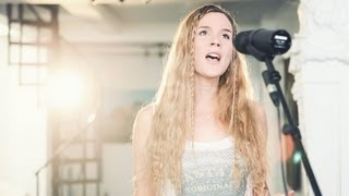 "Joss Stone - ""While You're Out Looking for Sugar"" LIVE Studio Session"