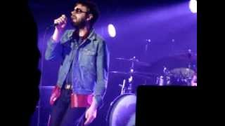 "Kasabian ""Thick as Thieves"" Live (Acoustic) 4/1/2012"
