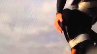 Handicappet pige surfer