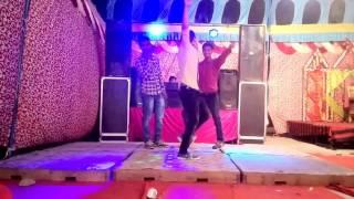Punjabi desi dance....bhabk