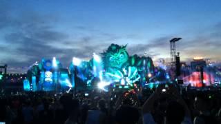 Showtek - Booyah (Live) (EDC Las Vegas 2015)