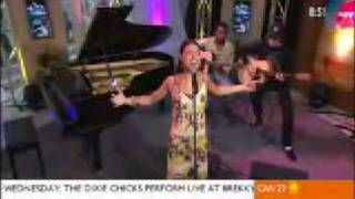 Stacie Orrico - More To Life (Live On Sunrise in Sydney, Australia)