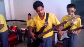 IRON MAIDEN aces high band cover(school band)