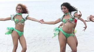 Cuban dancers with samba music