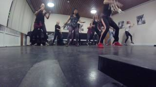 Yemi Alade - Koffi Anan choreography - Paula Lilkova