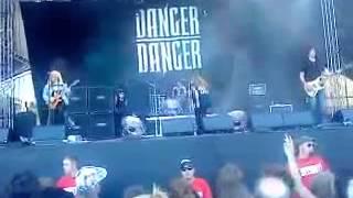 Danger Danger When She's Good She's Good Live