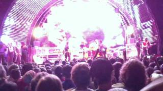 """The Flaming Lips and MGMT """"KIDS"""" at Beale Street Music Festival 2011"""