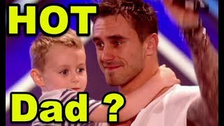 Hot Dad Broke Up With Mother But Takes Care of His Little Son...