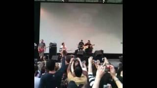 """Maria Gadú & Paralamas no Central Park, New York  - """"Lanterna dos Afogados"""" - 12/06/10"""