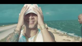 YOMIL Y EL DANY - ECHAME AGUA VIDEO OFFICIAL 2017