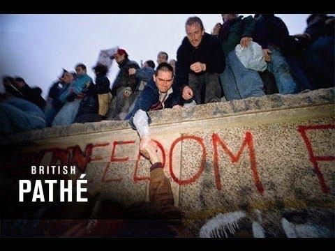 Fall of Berlin Wall (1989) - YouTube