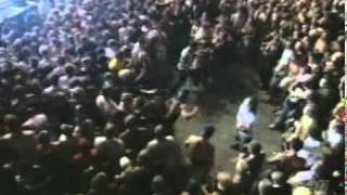 korn - Falling Away From Me live (Family Values 1999)