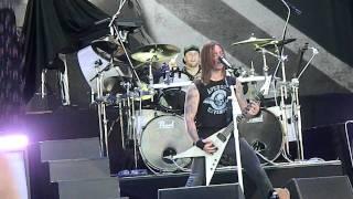 Bullet for my Valentine- Tears Don't Fall LiVE 2011 Virginia Beach, VA