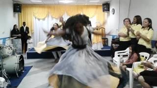 Coreografia Canela de Fogo Dança Profética - Deixa o menino Roda