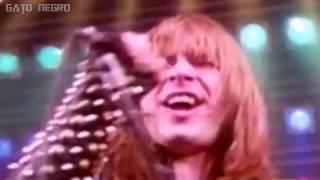 Iron Maiden - Run To The Hills (Sub. Español + Lyrics) - Official Video