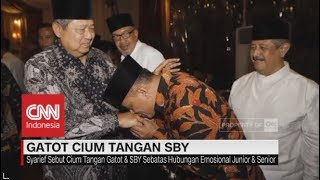 Sejuta Makna Ciuman Tangan Gatot Pada SBY