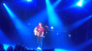 """Ed Sheeran: """"Chasing Cars"""" (Snow Patrol cover) live at The Pabst Theater 11 Sept 2012"""