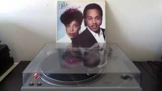 Peabo Bryson & Roberta Flack - Tonight, I Celebrate My Love [Vinyl]