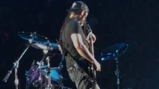 METALLICA: KIRK HAMMET AND ROBERT TRUJILLO SOLO|[Metallica live at Nassau colosseum, 2017]