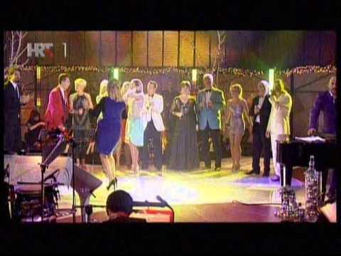 jelena-rozga-mix-pjevaj-moju-pjesmu-docek-2013-jelenarozgafanclub