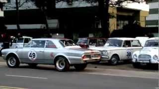Largada autos clásicos antiguos en Pinamar