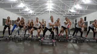 Aero Jump música Olha a Explosão-MC Kevinho/Professora Giselle Rosa