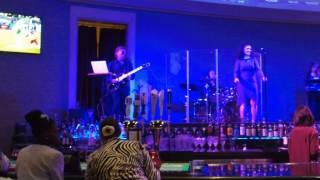 Mahoning Valley Racino featuring Vegas band