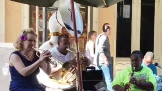 Gunhild Carling in New Orleans - Just a closer walk - Doreen's Jazz Band