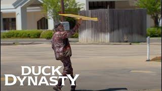 Duck Dynasty: Si, The Sign Flipper (Season 6, Episode 6) | A&E