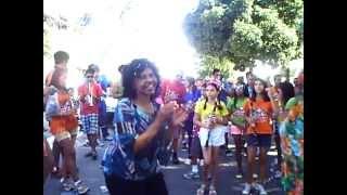 Carnaval Sem Eira Nem Beira 12/02/2013 A Banda Cantando Parabéns P/ Diva No Dia Do Seu Aniversário
