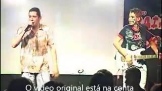 Gusttavo Lima na adolescencia cantando com os seus irmãos Willian e Marcelo
