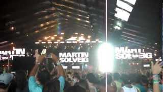 "Martin Solveig - ""Hello"" (Live Vocals from Dragonette) at Coachella 2012 Weekend 2"