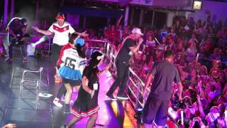 """NKOTB Cruise 2015: GPS Night, Donnie and Jon on stage doing """"Block Party"""""""