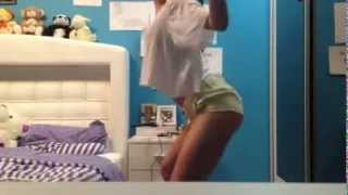Girl dancing on Tranquila