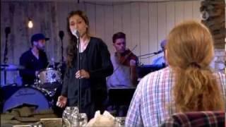 Laleh - Here I Go Again (Live Så Mycket Bättre 2011).avi