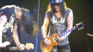 Slash - Out Ta Get Me - Live @ Paris Zenith 20/10/2012 HD