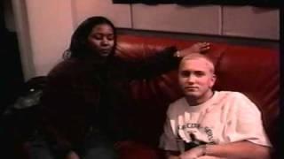 Eminem in his Slim Shady days! LIVIN' interviews Enimen on UX Videos 2000
