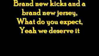 And The Crowd Goes- Lemonade Mouth (Lyrics)