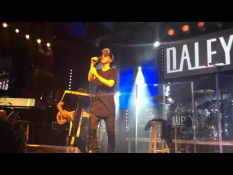 daley-alone-together-live-vocalygiftd