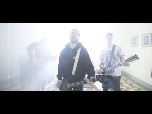 Videoclip oficial de la canción Tormenta de miedos de Free City