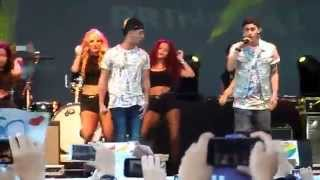 Critika & Saik - Un Juguete Mas. Primavera Pop 2014 Badalona 23 May