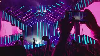 Ultra Miami 2018 David Guetta with Sean Paul and Becky G - Mad Love